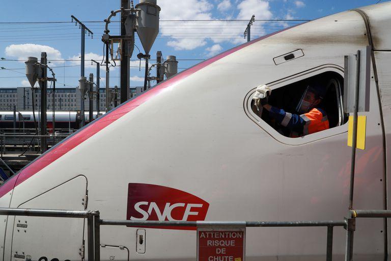 Un tren TGV de SNCF.