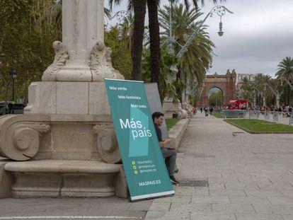 Punto de recogida de firmas de Mas País en Barcelona.