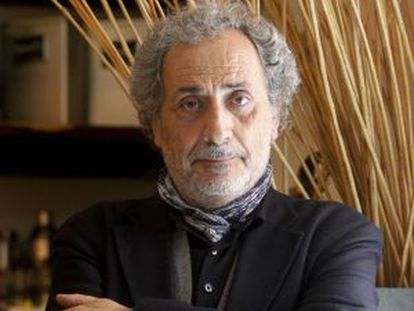José Chamizo de la Rubia, sacerdote español, Defensor del Pueblo Andaluz desde 1996 hasta la actualidad.