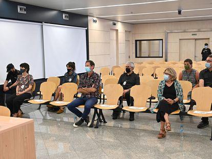 Los acusados de integrar 'Halboka', el considerado frente jurídico de ETA, en la primera sesión del juicio, celebrada en julio pasado en la Audiencia Nacional.