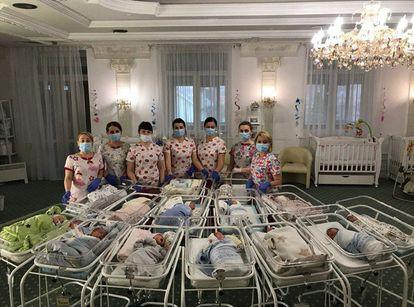Imagen de un hotel de la empresa BioTexCom dedicado a cuidar a bebés que no han podido ser recogidos por sus padres en Ucrania.