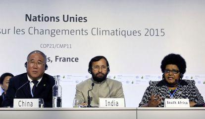 Los respresentantes de China, India y Sudáfrica en la cumbre de París.