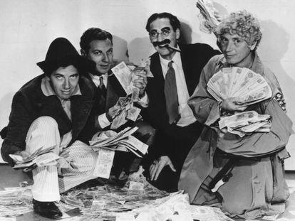 Los hermanos Marx, en una imagen de la película 'Sopa de ganso'.