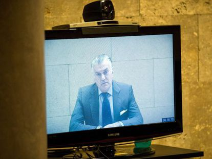 El extesorero del PP, Luis Bárcenas, interviene en una vista de la Audiencia Nacional por videoconferencia.