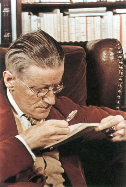 El escritor James Joyce fotografiado por Gisèle Freund en 1939.