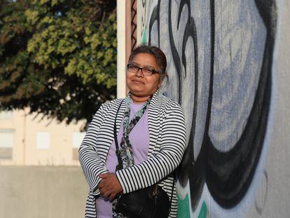 Afroza Rhaman, bangladeshi y residente en España desde hace catorce años, realiza traducciones gratuita y voluntariamente a ciudadanos de su origen.