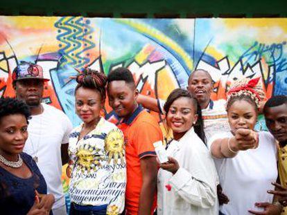 Dos populares artistas de la escena musical congoleña participan en un videoclip para superar el tabú del VIH y motivar a los jóvenes para hacerse la prueba