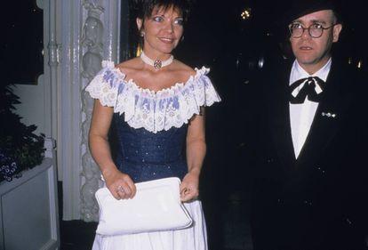Una de las últimas imágenes de Renate Blauel y Elton John como pareja en 1988.