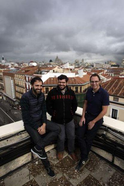 Esaú Acosta, Miguel Jaenicke y Mauro Gil-Fournier, creadores del Vivero de Iniciativas Ciudadanas.