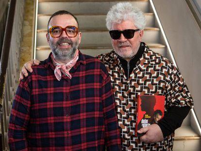 Bob Pop y Pedro Almodóvar, en la presentación del libro.