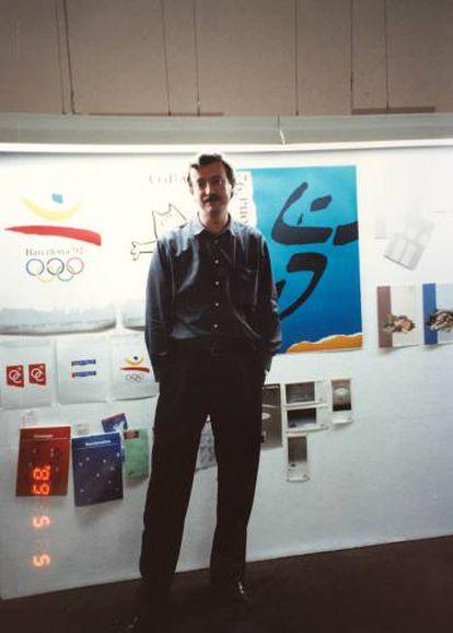 Josep Maria Trias en su estudio de Barcelona en 1989.