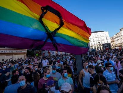 Concentración por el asesinato de Samuel Luiz, el 5 de julio en la Puerta del Sol de Madrid.