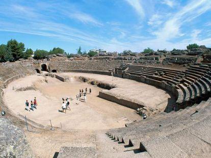 Vista del anfiteatro de Mérida, objeto de la polémica zanjada ayer.