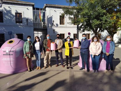 Presentación de una campaña por el Día Mundial contra el Cáncer de Mama el pasado miércoles en Granada.