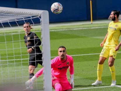 Griezmann marca el primer gol del Barcelona ante el Villarreal.