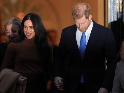 El príncipe Enrique y Meghan Markle durante su visita a la Casa de Canadá en Londres el pasado día 7.