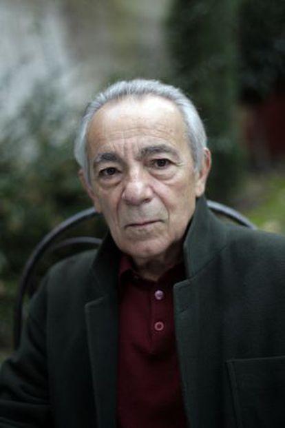 El actor José Luis Gómez, nuevo académico de la Real Academia de la Lengua, en su casa de Madrid.