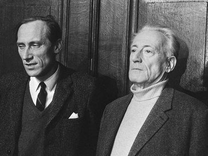 El filósofo Leszek Kolakowski y Henri Lefebvre, a la derecha, en Amsterdam, marzo de 1971