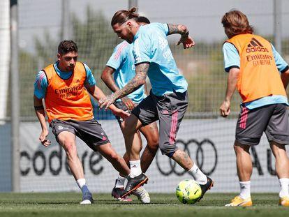 Sergio Ramos, este viernes, en el entrenamiento del Real Madrid en Valdebebas.