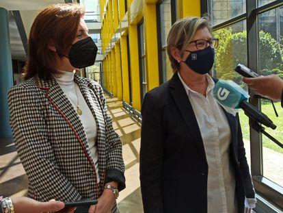 Las Conselleiras de Medio Ambiente y Mar, Ángeles Vázquez y Rosa Quintana.
