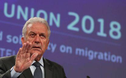 El comisario de Interior, Dimitris Avramópoulos, explica el 13 de septiembre las nuevas medidas para reforzar las fronteras de la UE.