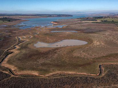 Vista aérea la semana pasada del lago Furnas, en Pimenta (Minas Gerrais), que está al 27% de su capacidad.