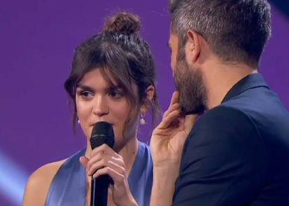Amaia Romero y Roberto Leal, anoche en la final de 'Operación Triunfo'.