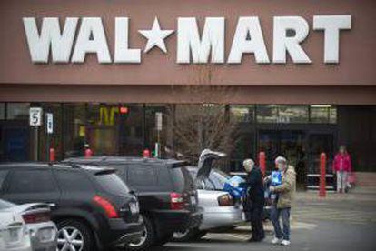 Vista de una tienda de la cadena de tiendas WalMart en Kingstown, Virginia (EE.UU.). EFE/Archivo