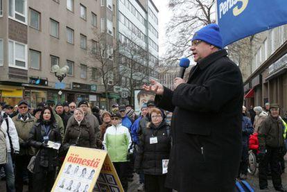 El líder ultraderechista Timo Soini, en un mitin en Pori (oeste de Finlandia) el pasado día 2.