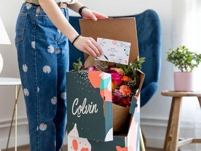 Aspecto de los envíos de flores que realiza Colvin.