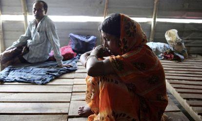 Una mujer quemada con ácido en Bangladesh.