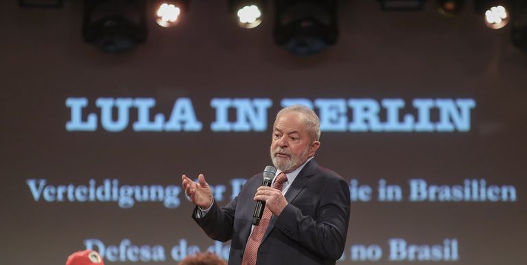 Lula participa en el debate 'La defensa de la democracia en Brasil', en Berlín.