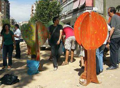 Acto reivindicativo para pedir una plaza en un solar abandonado de la calle de Goiri.