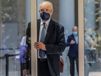 El exconsejero del PP, Rafael Blasco, en junio de 2021, antes del juicio por un presunto amaño en contratos de informática, dentro del conocido como 'caso Cooperación'.