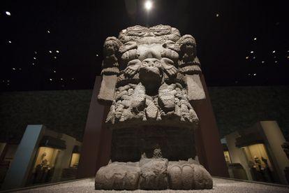 La escultura de la Coatlicue en la sala Mexica del Museo Nacional de Antropología e Historia en Ciudad de México.