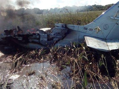 La avioneta accidentada en Bolivia en la que fallecieron los dos tripulantes y los cuatro pasajeros.