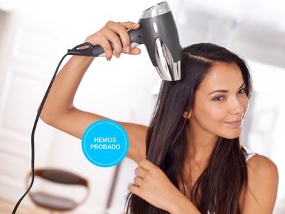 Estos secadores iónicos facilitan la tarea de secarse el pelo en casa. Yuri Arcurs/GETTY IMAGES