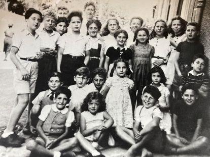 Niños en Chambon-sur-Lignon, alrededor de 1943. Colección privada