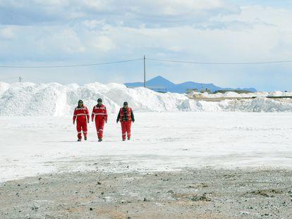 El salar de Uyuni, en Bolivia, es uno de los mayores yacimientos de litio en el planeta.