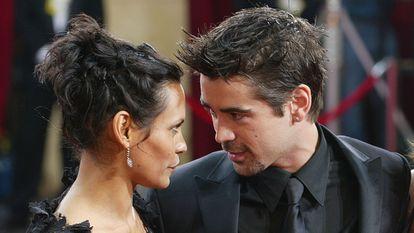 Colin Farrell con la modelo Kim Bordenave, la madre de su hijo James, en 2003 en Hollywood.