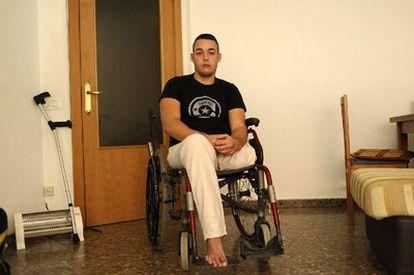 Rubén López, en su casa de Albacete.