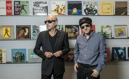 Los miembros de Lagartija Nick Antonio Arias (izquierda) y Juan Codorniu, este miércoles en Madrid.