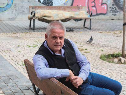 Carlos Susías en una plaza de Lavapiés.