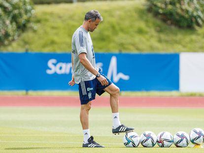 Luis Enrique, en el último entrenamiento de la selección en Las Rozas.