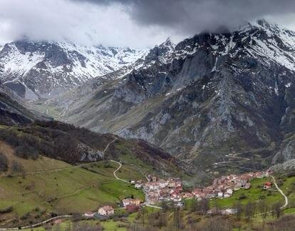 La parroquia asturiana de Sotres, parte de la reserva de la biosfera de Picos de Europa.