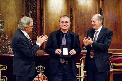 El director artístico Joan Matabosch junto a Xavier Trias y Joan Oliveras Bagués.