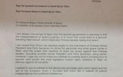 La carta que firman políticos y abogados indios dirigida a Mariano Rajoy.