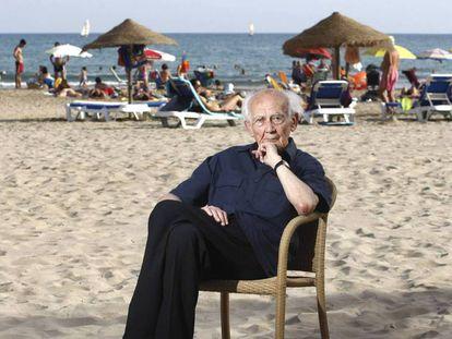 Bauman, en la playa de Voramar en 2012.