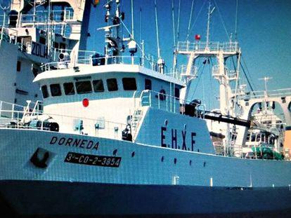 Imagen de archivo del pesquero gallego Dorneda, hundido frente a las costas argentinas.