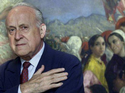 Xabier Arzalluz, en la sede del PNV en Bilbao en una imagen de archivo. En vídeo, la ministra portavoz del Gobierno ensalza la figura política de Arzalluz.